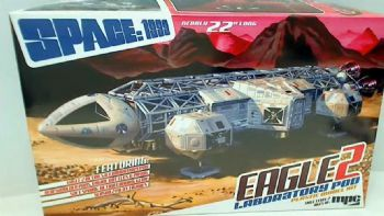 Space:1999 Eagle 2 with lab pod 1:48 scale Model Kit